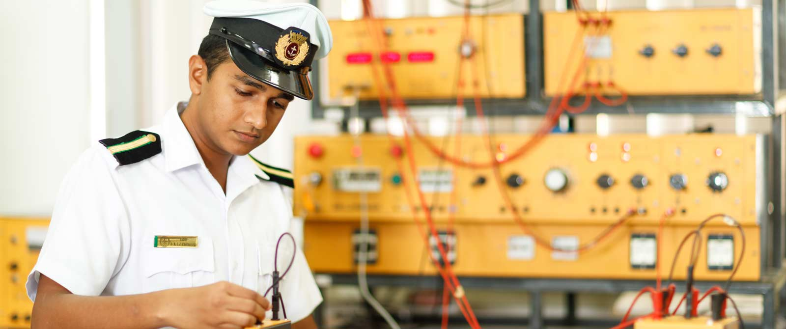 dept-of-marine-electrical-engineering-02