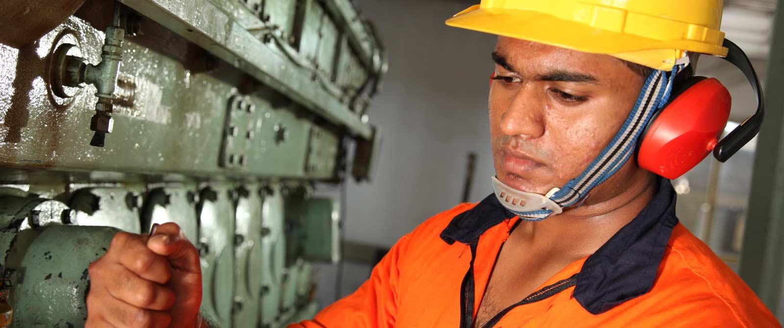 dept-of-marine-engineering-02
